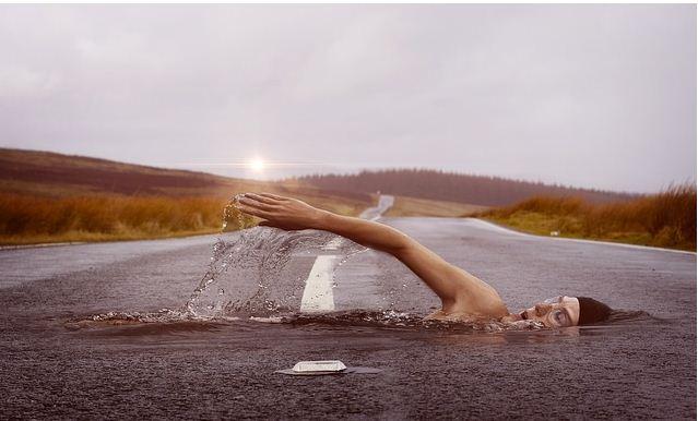 Bơi lội giúp tăng trưởng chiều cao