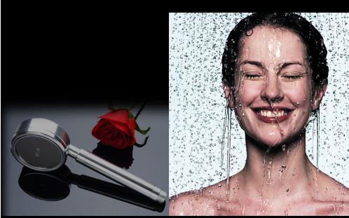 dùng sen tắm massage cơ thể