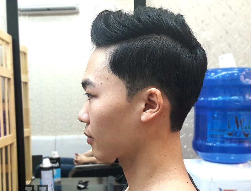 Kiểu tóc Classic Side Part