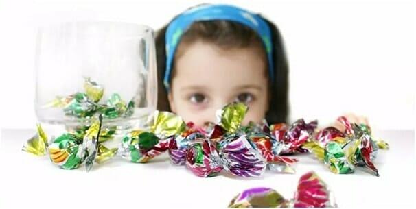 Vì sao trẻ nho hay bị sâu răng