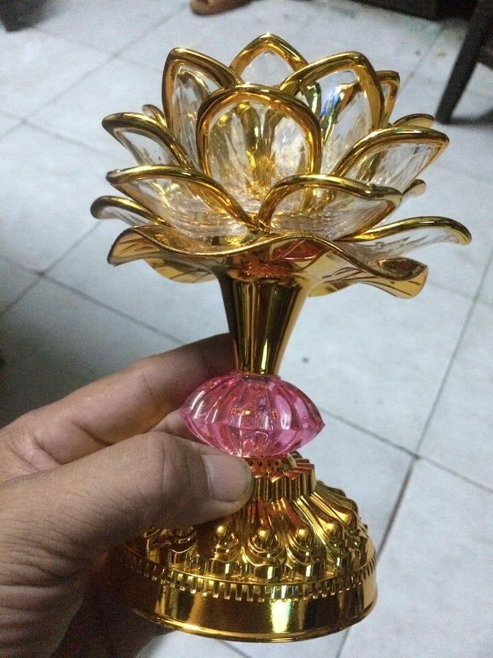 Đèn để bàn thờ hoa sen niệm phật