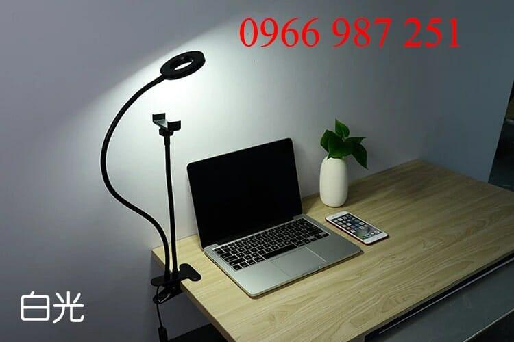 đèn livestream giá rẻ