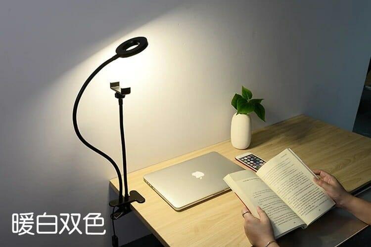 Giá đỡ livestream có đèn