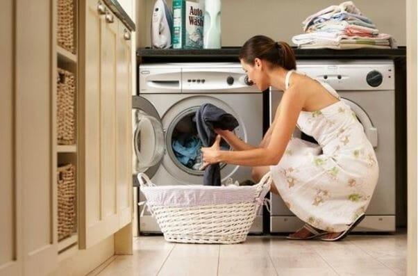 Cách giặt quần áo không bị lem màu