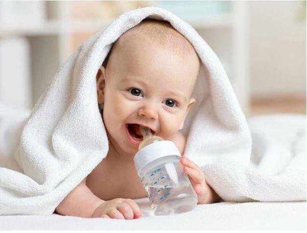 Cách chữa đi tướt ở trẻ sơ sinh