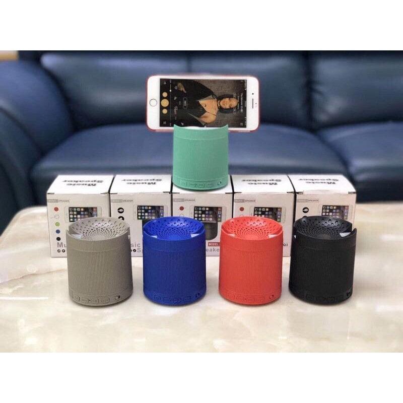 Loa bluetooth có giá đỡ điện thoại XQ3